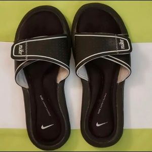 Nike Memory Foam Slides